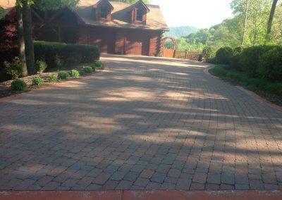 Belgard Pavers - Paver Driveway With Running Bond Pattern