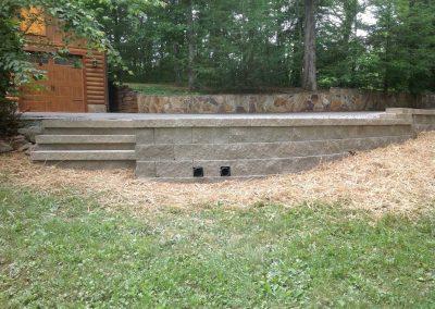 Belgard Retaining Walls - Anchor Diamond pro wall & steps