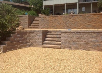 Belgard Retaining Walls - Anchor Diamond wall, steps & caps