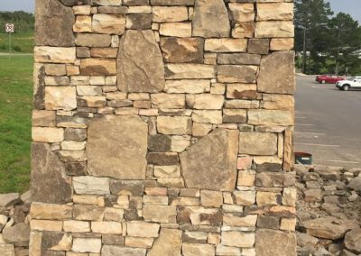 Fieldstone - Tennessee stack w Field Stone